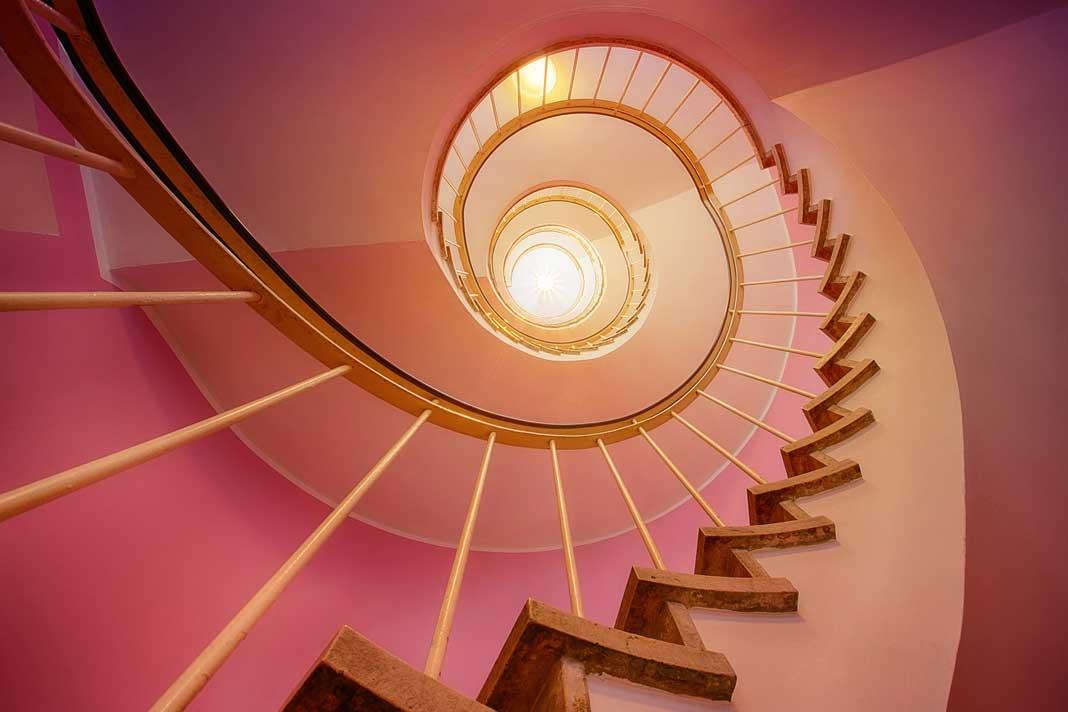 Lyserød maling kan tilføre et rum elegance
